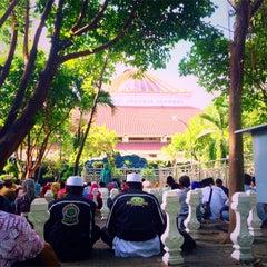 Photo taken at Makam Sunan Ampel by zaen p. on 6/13/2015
