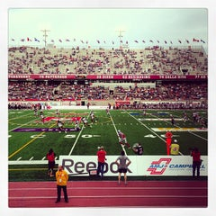 Photo taken at Stade Percival-Molson Memorial Stadium by Naomie P. on 6/13/2013
