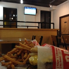 Photo taken at Petey's Burger by Robert C. on 9/23/2014