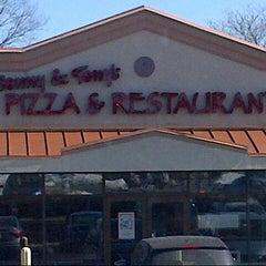 Photo taken at Sonny & Tony's Pizza & Italian by B n H on 3/9/2014
