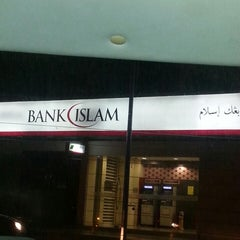 Photo taken at Bank Islam by Ariz H. on 9/28/2013