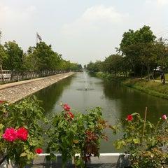 Photo taken at มหาวิทยาลัยมหิดล (Mahidol University) by Peeraporn V. on 3/29/2013