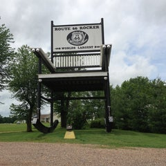 Photo taken at World's Largest Rocking Chair by Elin S. on 6/1/2013