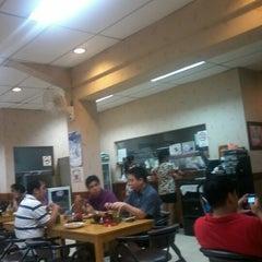 Photo taken at Resto Tong Tong by 4dr1417 on 10/14/2012