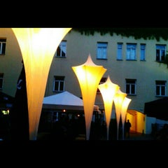 Photo taken at Vasaros Terasa - Vilniaus mokytojų namų kiemelis by Anastasia K. on 6/29/2013