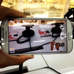 Photo taken at Harvey Norman by Faiz A. on 6/30/2013