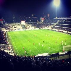Photo taken at Beşiktaş İnönü Stadyumu Yeni Açık by Ece A. on 2/16/2013