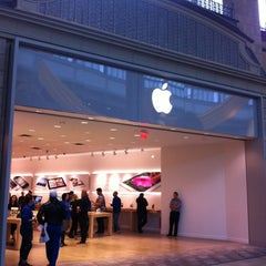 Photo taken at Apple Store, Carrefour Laval by Marc-Andre L. on 9/21/2012