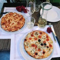 Photo taken at Antica Pizzeria Fratelli Ricci Est! Est!! Est!!! by Elena M. on 7/10/2014