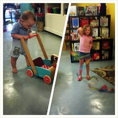 Photo taken at Dancing Bear Toys and Gifts by Regina C. on 7/1/2013