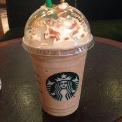 Photo taken at Starbucks | ستاربكس by Raghda E. on 9/14/2014