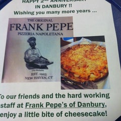 Photo taken at Frank Pepe Pizzeria Napoletana by Nancy B. on 1/31/2013