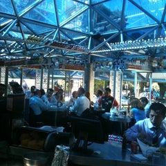 Photo taken at Fisher's Polanco by Alberto P. on 10/25/2012