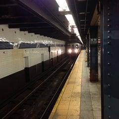 Photo taken at MTA Subway - A Train by Alex T. on 7/7/2013