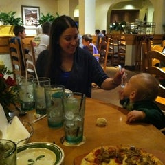 Photo taken at Olive Garden by Jessica P. on 11/17/2012