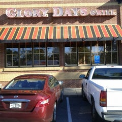 Photo taken at Glory Days Grill by Monita B. on 10/13/2012