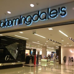 Photo taken at Bloomingdale's by Arman D. on 3/29/2013
