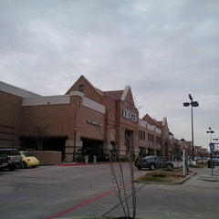 Photo taken at Kroger by Supote M. on 3/6/2013
