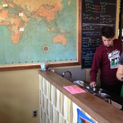 Photo taken at AU – Davenport Coffee Lounge by Miranda P. on 11/12/2012