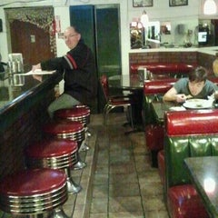 Photo taken at Cybelle's Pizza and Ice Cream by Stella B. on 3/2/2013