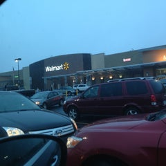 Photo taken at Walmart Supercenter by Jimmy C. on 1/13/2013