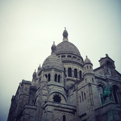 Photo taken at Montmartre by Giga K. on 5/12/2013