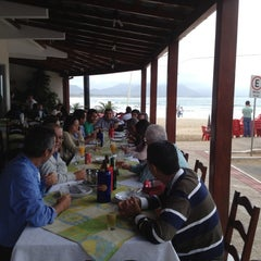 Photo taken at Restaurante 2 Irmãos by Lorena S. on 10/4/2012