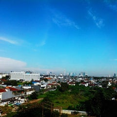 Photo taken at Gedung Cyber 1 (Elektrindo) by Mayang on 6/10/2014