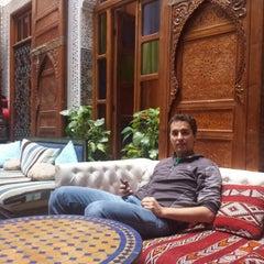 Photo taken at Riad Verus by Felipe M. on 12/8/2013