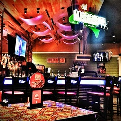 Photo taken at Chili's by Aroni on 7/6/2013