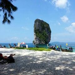 Photo taken at เกาะปอดะ (Poda Island) by Doud J. on 11/17/2012