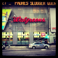 Photo taken at Walgreens by Farad A. on 4/14/2013
