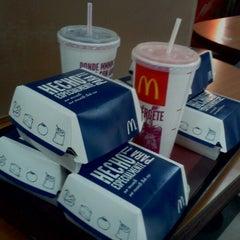 Photo taken at McDonald's by Jaime R. on 11/5/2012