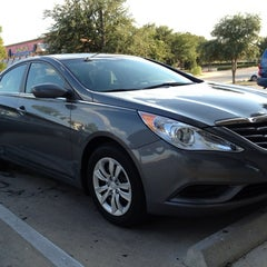 Photo taken at South Point Hyundai by Dillon P. on 10/16/2012
