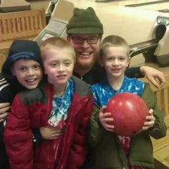 Photo taken at Lakeville Family Bowl by Robert S. on 12/2/2012