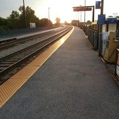 Photo taken at Metra - New Lenox by Chuck B. on 9/17/2012