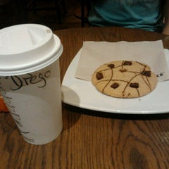 Photo taken at Starbucks Coffee by Diego X. on 1/24/2013