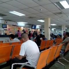 Photo taken at Jabatan Pengangkutan Jalan (JPJ) by apiezkudien on 8/13/2015