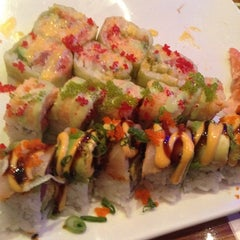 Photo taken at Oyama Japanese Steakhouse by Chantelle on 3/17/2014