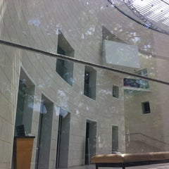 Photo taken at Telfair Museums' Jepson Center by Bill H. on 4/28/2013