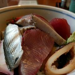 Photo taken at 魚鐵 by Kimihiro n. on 1/6/2016