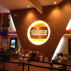 Photo taken at Metro Cinemas Mall Multiplaza by Marco S. on 12/25/2012
