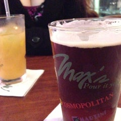 Photo taken at Max's Restaurant by Diego on 9/29/2012