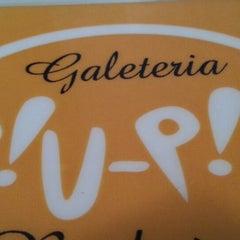 Photo taken at Piu-Piu Galeteria e Rodízio by Henderson R. on 2/28/2013