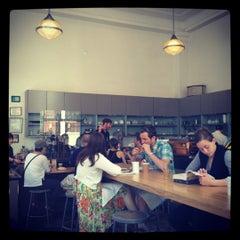 Photo taken at Blue Bottle Coffee by Lukas F. on 6/10/2012