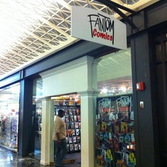 Photo taken at Fantom Comics by Carlos P. on 3/14/2012