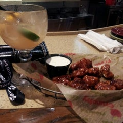 Photo taken at Bull & Bones Brewhaus & Grill by Der'ea H. on 8/2/2012