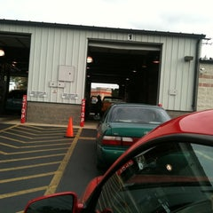 Photo taken at Illinois Air Team - Emissions Testing Station by Carlos C O. on 9/23/2011