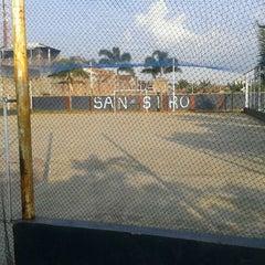 Photo taken at Lap. Futsal San Siro by Massu W. on 10/18/2011