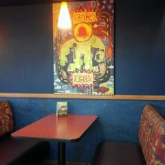 Photo taken at Taco Bell by Jimmie B. on 10/22/2011